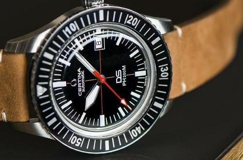 哪里可以找到,苏州雪铁纳手表专卖店?