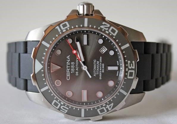 雪铁纳手表DSPH200M,值得大家入手的手表