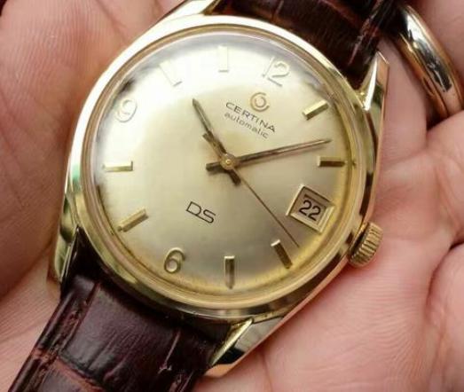 雪铁纳手表属于什么档次的手表?