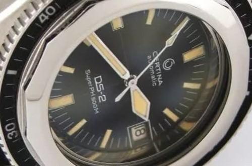 在哪里可以买到手动雪铁纳手表古董款式的呢?