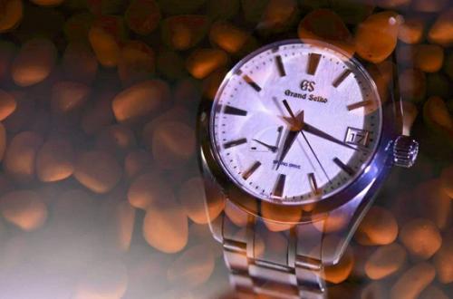 你知道冠蓝狮手表上海实体店在哪里吗?