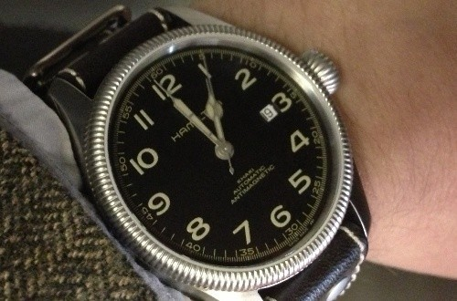 手动汉米尔顿手表在哪里购买更加的方便呢?