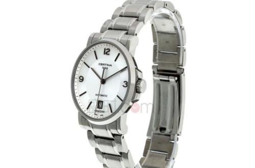 跟其它品牌比,雪铁纳手表的排名怎么样?