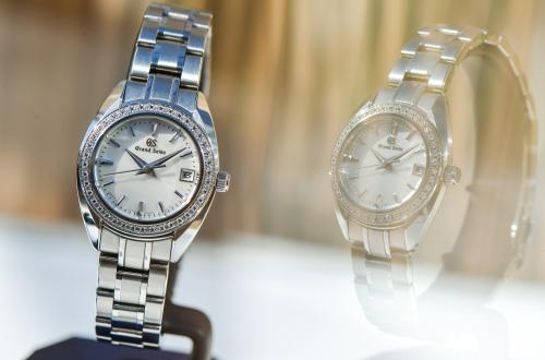 冠蓝狮钛合金材质的手表,可以在哪里买到呢?