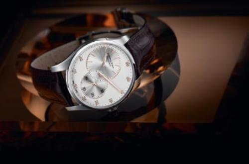 汉米尔顿自动机械手表,款式新颖符合大家心里