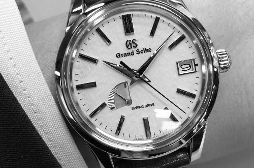 推荐一款比较简约美观的冠蓝狮手表