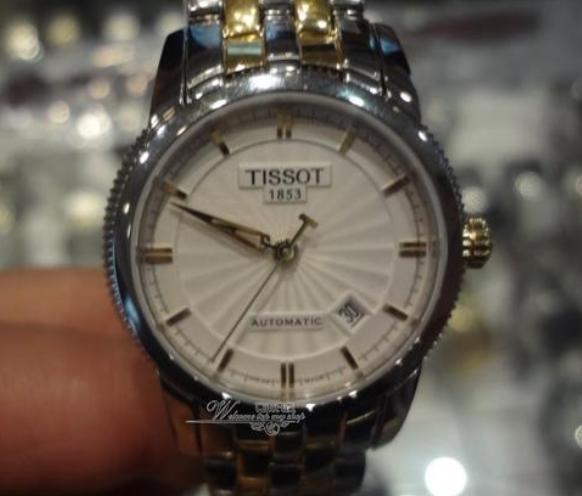 天梭手表公价3800,力洛克系列好手表