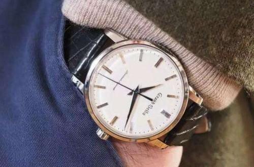冠蓝狮代言人是谁,这个品牌的手表怎么样?