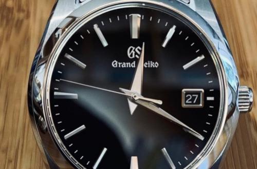 冠蓝狮的手表怎么样,有没有售后?