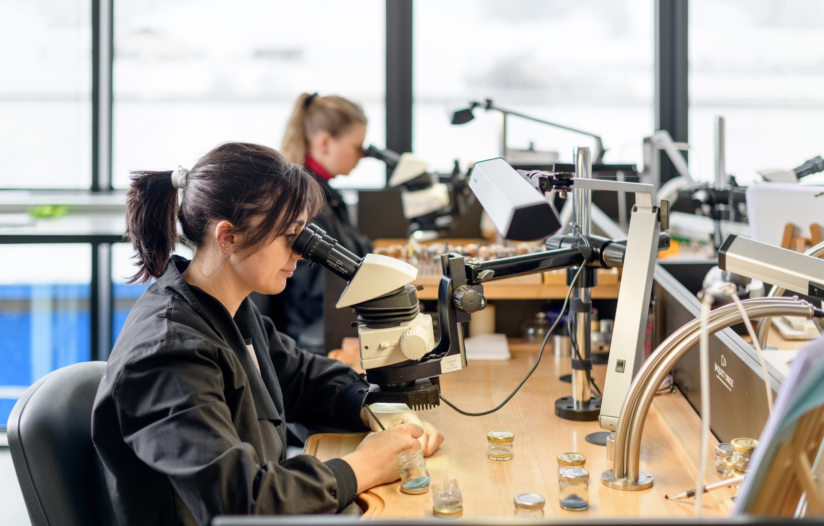 雅克德羅重申其道德承諾并加入責任珠寶業委員會(RJC)