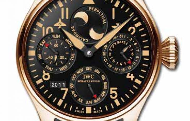 万国 IWC 大型飞行员万年历玫瑰金限量版腕表