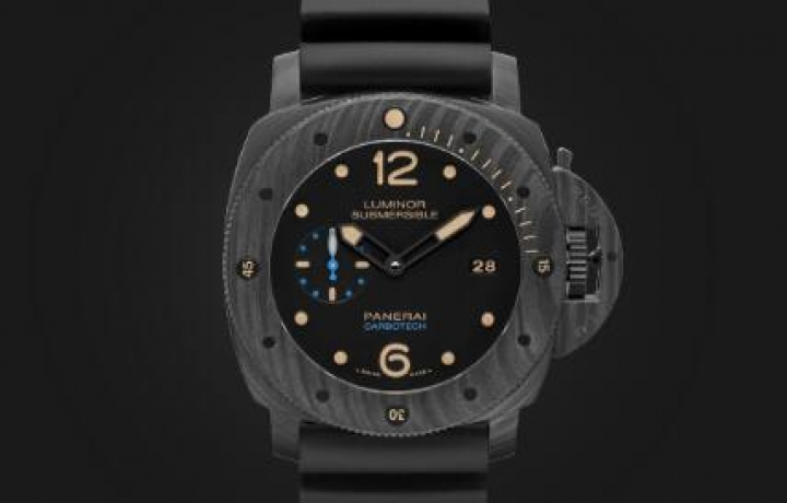 LUMINOR SUBMERSIBLE 1950 CARBOTECH™ 3 DAYS AUTOMATIC - 47毫米专业潜水3日动力储存自动腕表