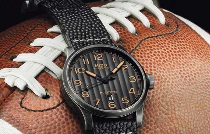 舵手系列Escape腕錶Horween