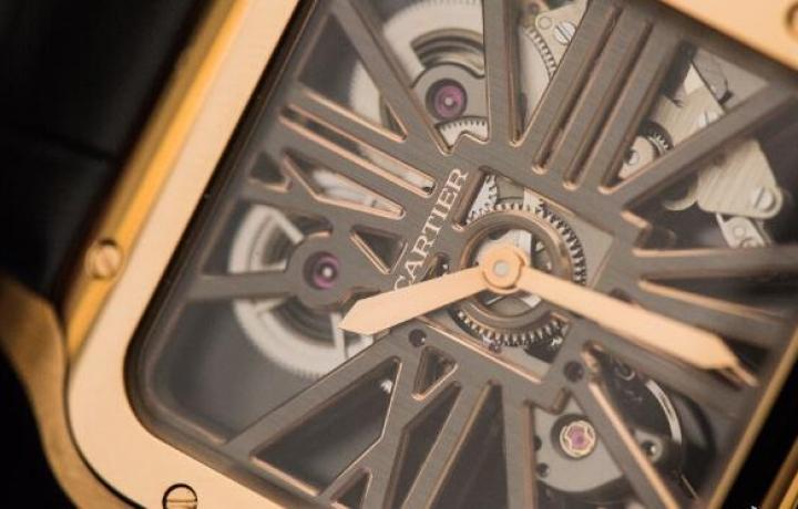 Cartier Libre系列Baignoire Débordante腕表