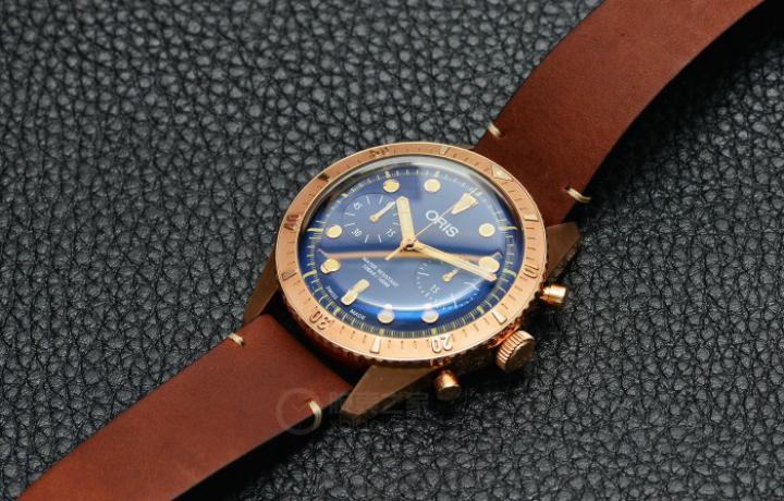 豪利时青铜腕表
