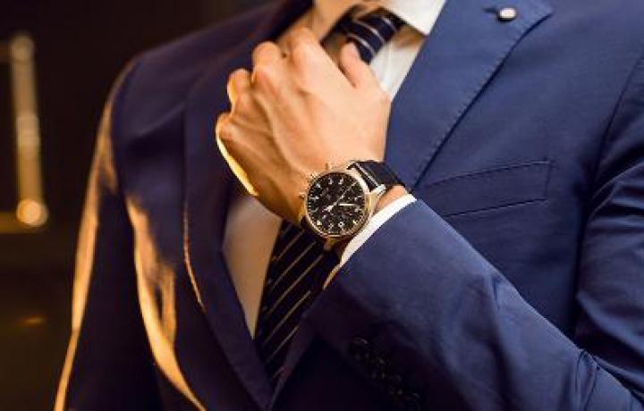 万国和沛纳海这两个腕表品牌哪个比较好