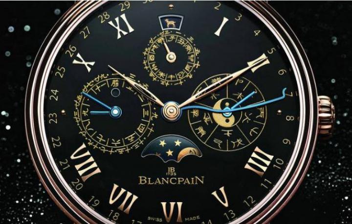 宝珀手表的蓝宝石镜面为什么不是蓝色的?