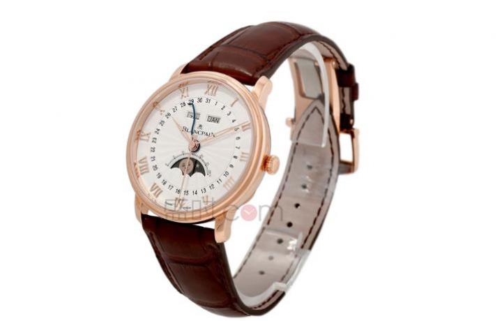 月相手表有什么用?宝珀月相手表多长时间调一次