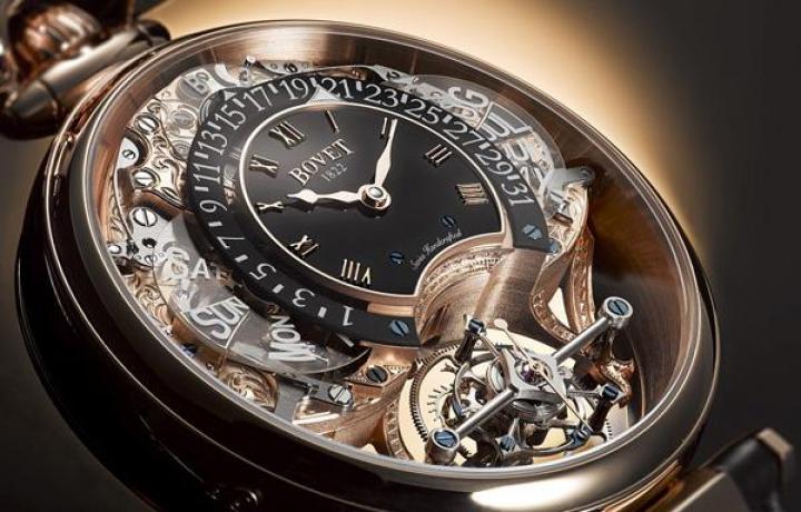播威机械手表和百达翡丽手表哪个更具珍藏价值
