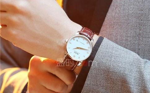 男士手表那個牌子的比較好?