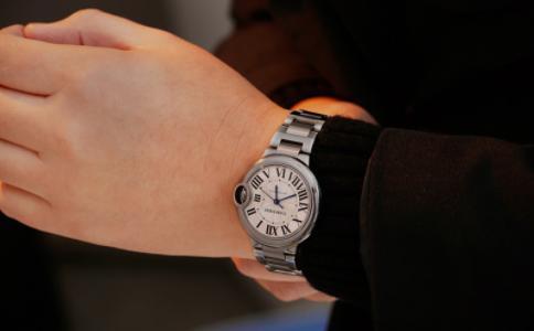 卡地亚女手表有什么推荐吗?