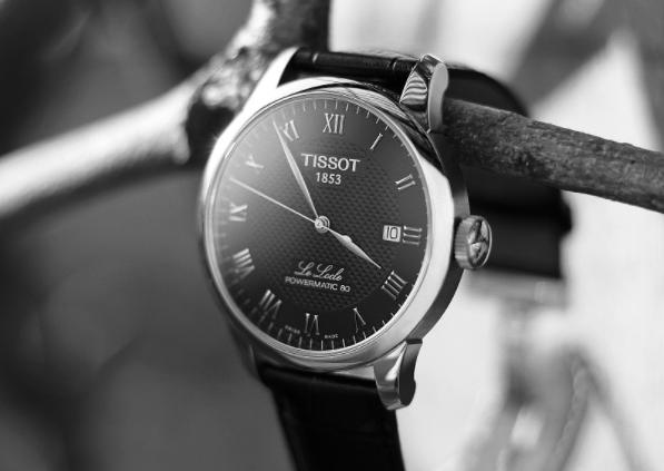 学会天梭力洛克80真假对比,轻松分辨手表真假
