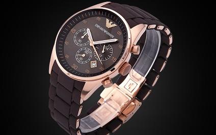 世界著名的阿玛尼手表是哪个国家的品牌?