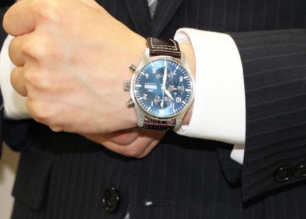 万国手表维修售后点,向你展示专业的力量