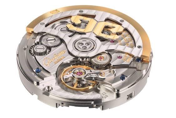 内外兼修,简练耀世 格拉苏蒂原创万年历腕表