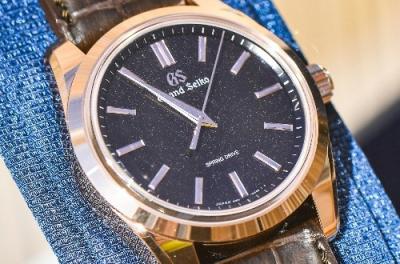 在哪里可以购买到冠蓝狮码表款式的手表?