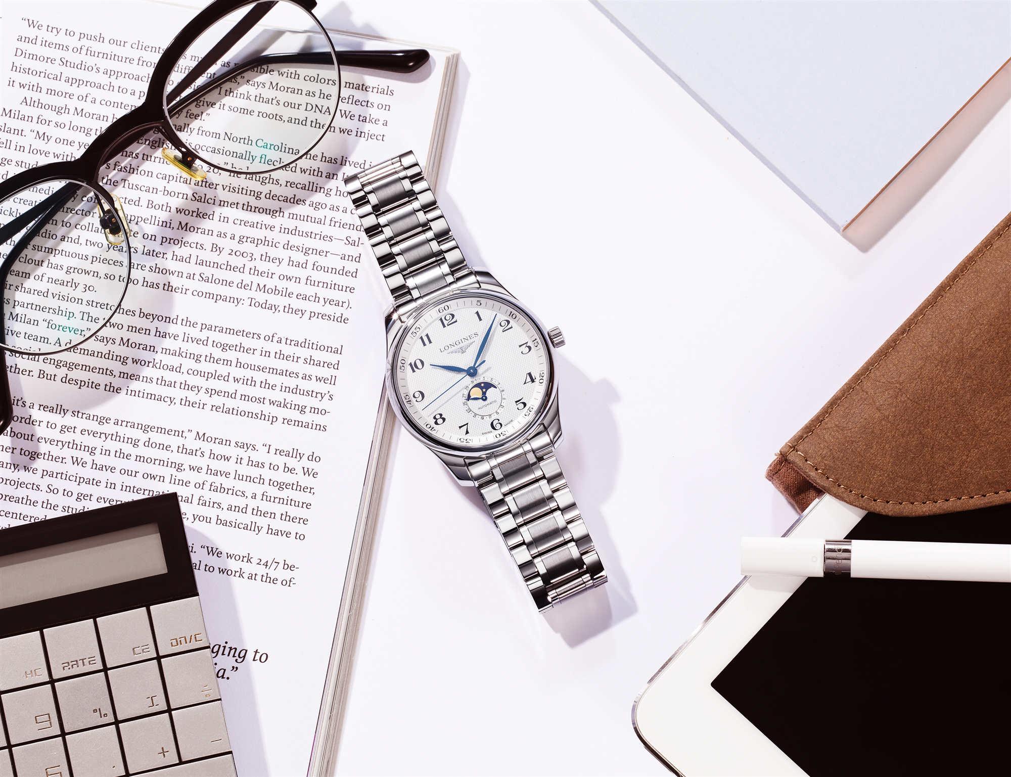 浪琴表甄选优雅腕表,打造职业自信风范
