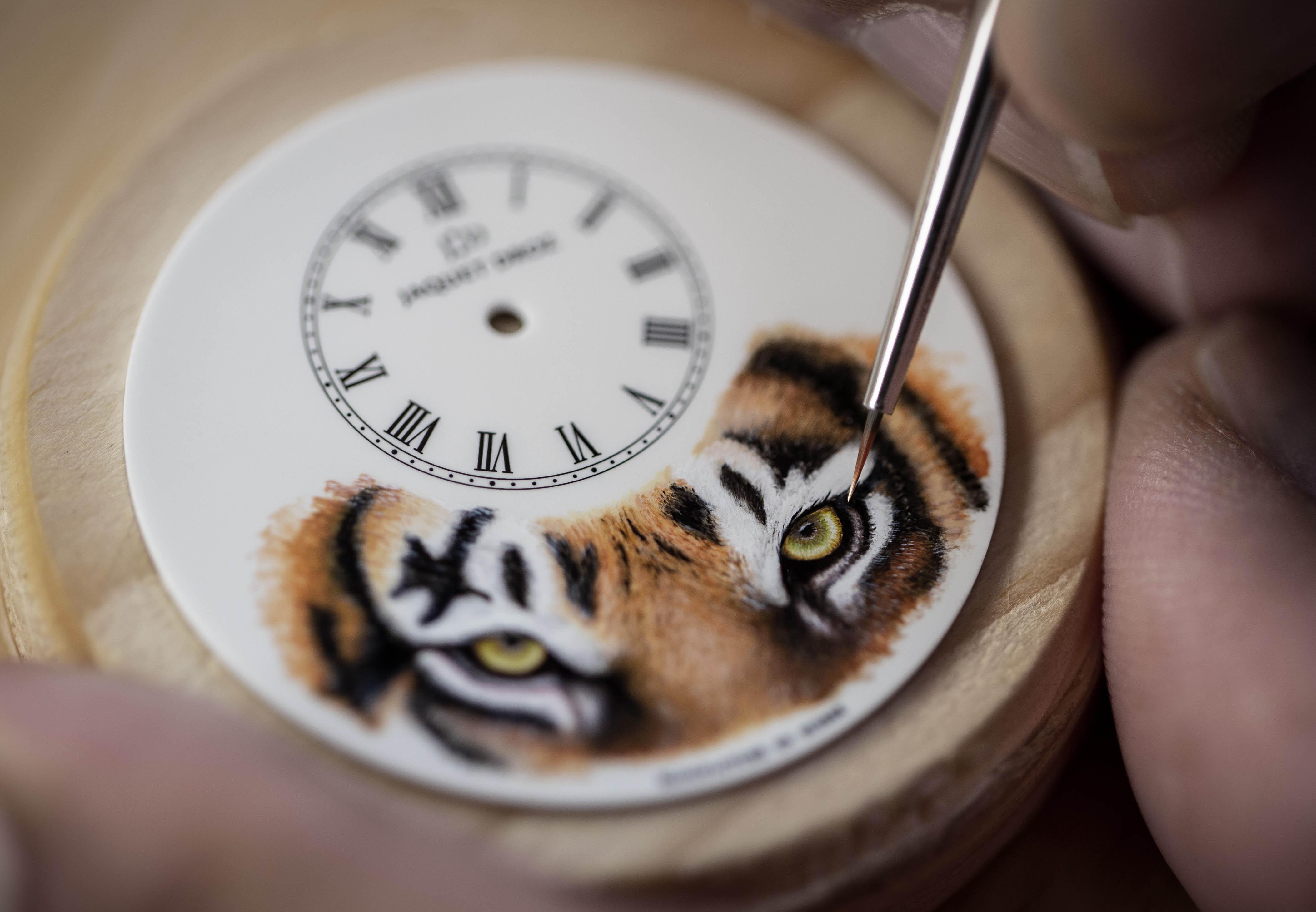 夏日丛林奇遇记 雅克德罗以细腻笔触打造腕间动物世界