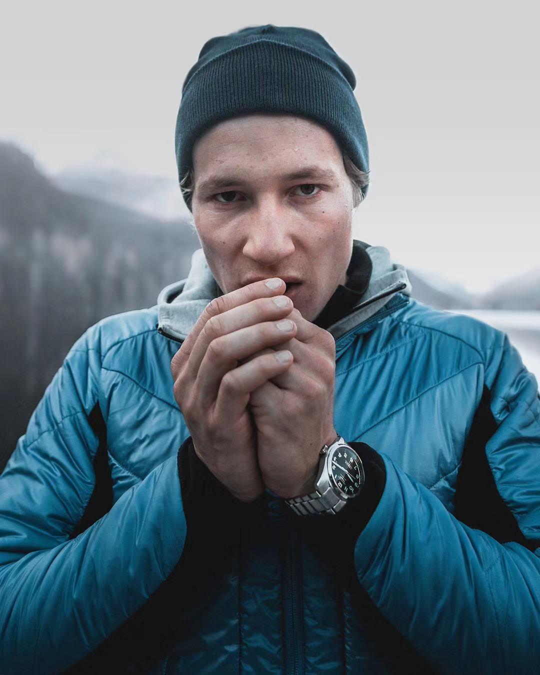 浪琴表:高山滑雪赛事的精密计时伙伴